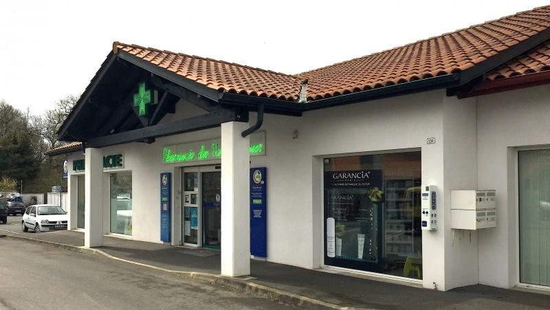Pharmacie vendue en zone rurale au Pays Basque - Facade