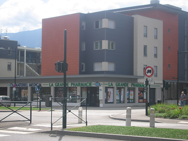 pharmacie vendue FLON-v-straaten-aix-les-bains-73